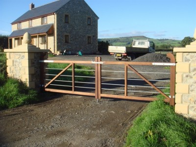 Dorset gates