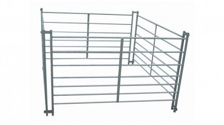 7-rail-interlocking-sheep-hurdles-NEW-SIZE-575x252[1]