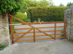 Country style gate