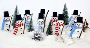 snowmen decorations in scarves