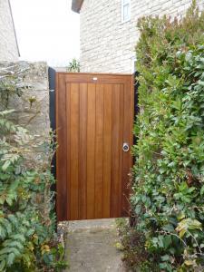 Border door wooden gate
