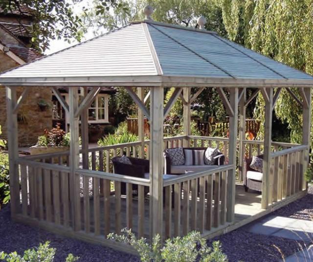 Open plan summerhouse